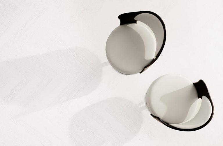 Bianco Assoluto jodełka klasyczna - struktura drewna w doskonałej bieli