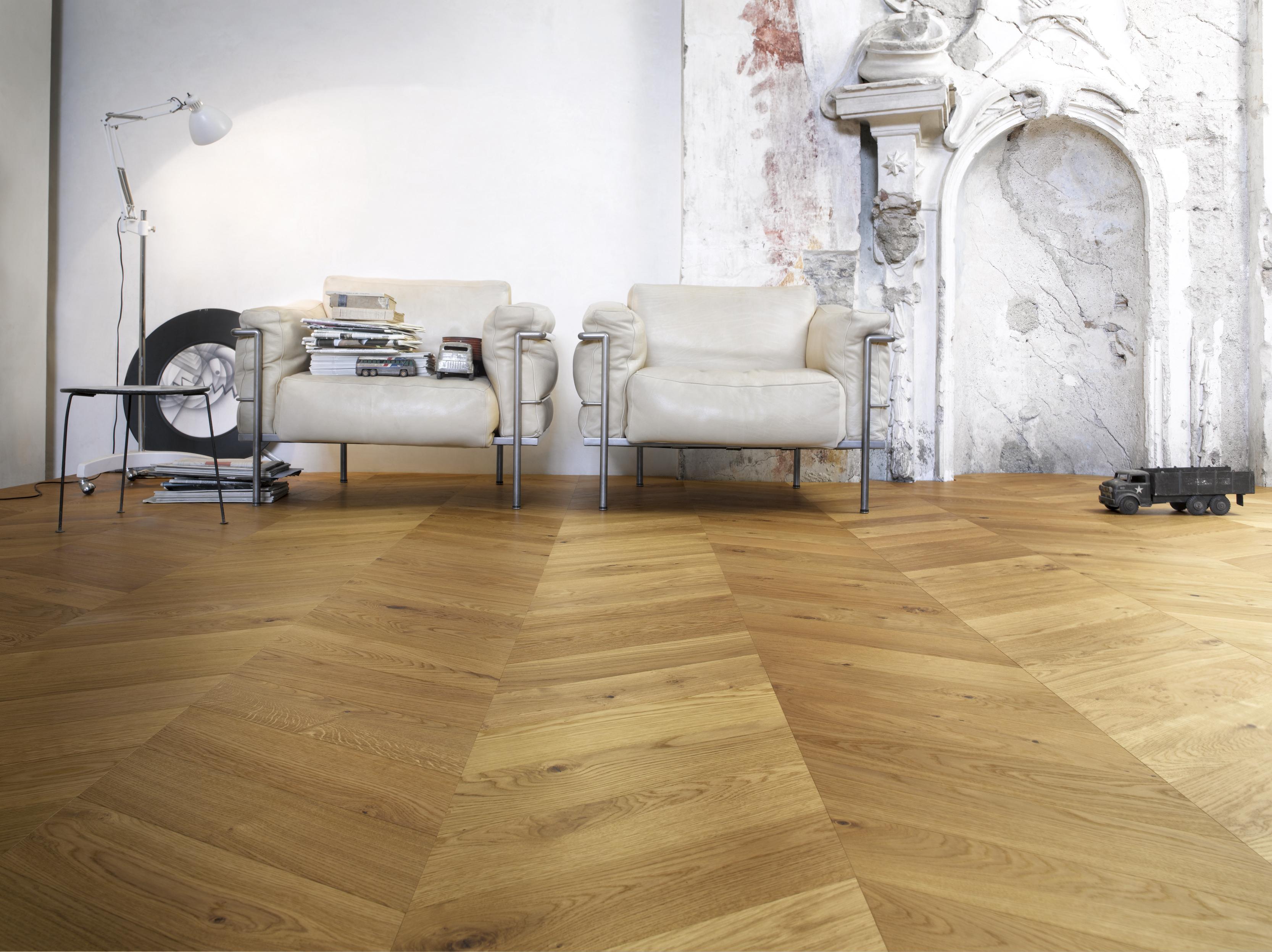 Jodełka francuska ijodełka węgierska – modne podłogi drewniane.