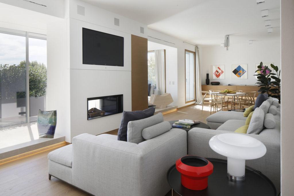 Mediolański apartament zlat 50-tych , awnim stylowa podłoga Listone Giordano
